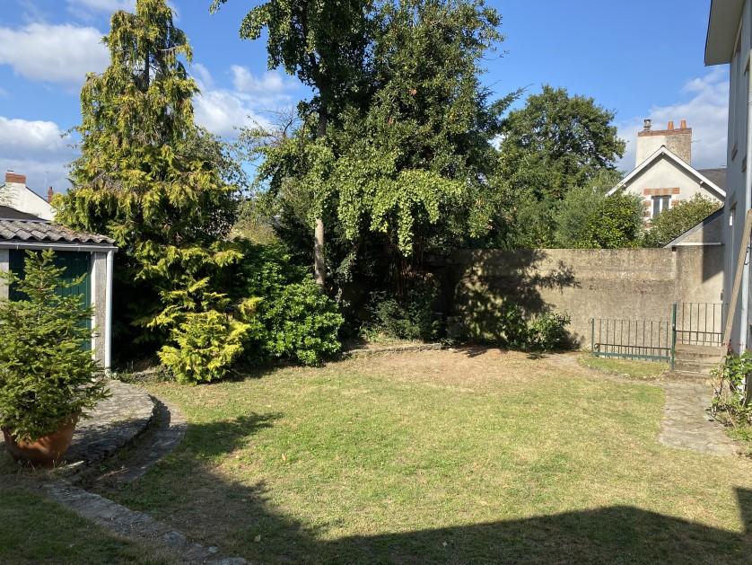 Maison avec Jardin St FELIX – 2 100€/mois C.C